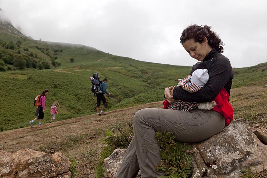 montaña y niños