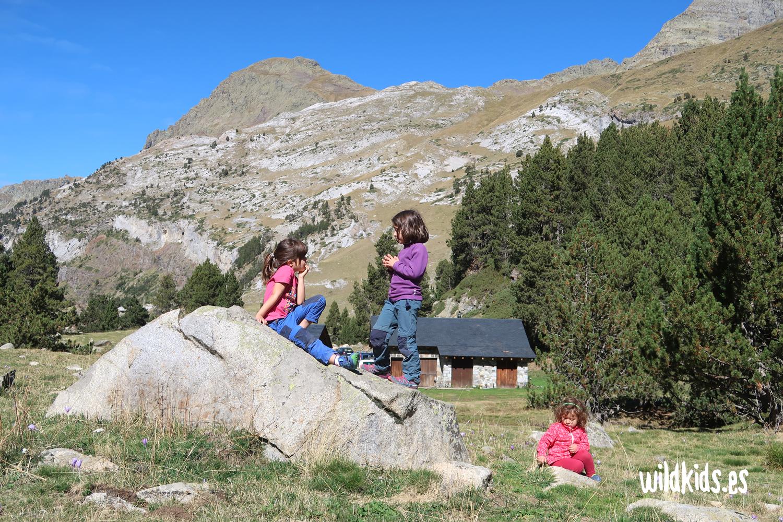 Excursion con niños en Pirineo aragones: Forau de Aigualluts