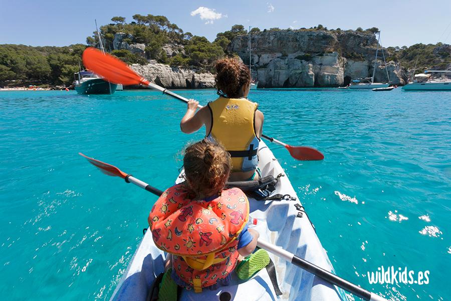 Cala Macarella en Kayak. Menorca