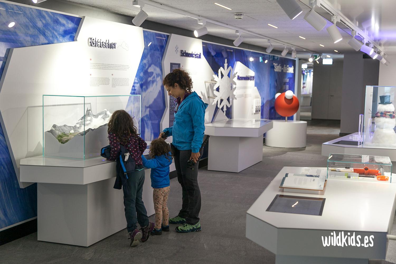 Exposición en la estación superior del Säntis