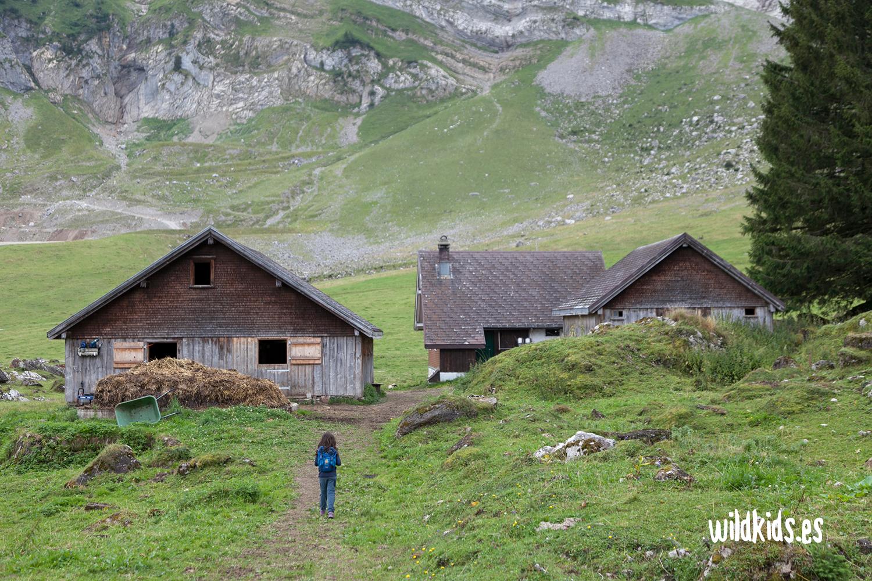 Paseando entre granjas tradicionales en el Naturerlebnispark