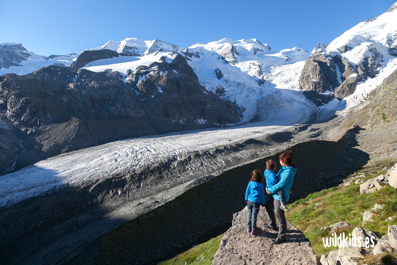 Refugio Boval con vistas al Glaciar Morteratsch