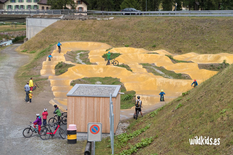 Zona de juegos de bicicleta en Pontresina